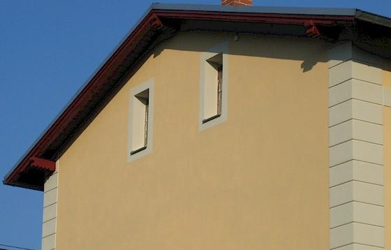 bahnhof radeburg fassadensanierung 2012 farbe. Black Bedroom Furniture Sets. Home Design Ideas